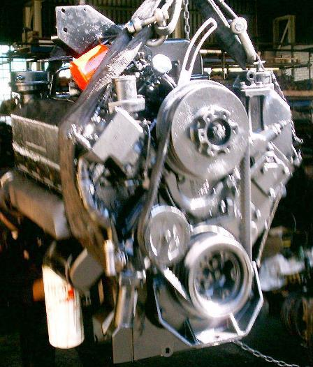 Cummins V555 engine